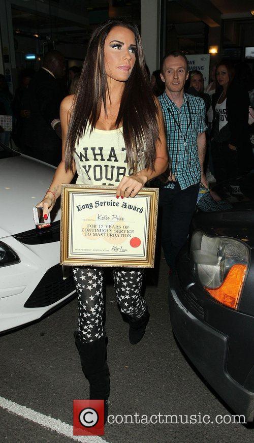 Katie Price, Riverside Studios, Celebrity Juice. Katie and Long Service Award 7