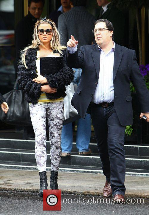 Katie Price and Dorchester Hotel 5