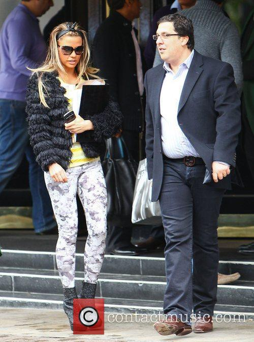 Katie Price and Dorchester Hotel 10
