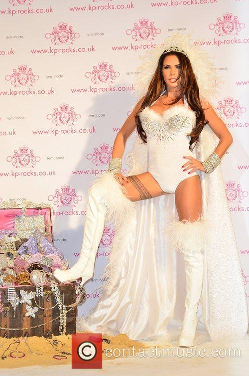 katie price launches kp rocks jewellery at 4164871