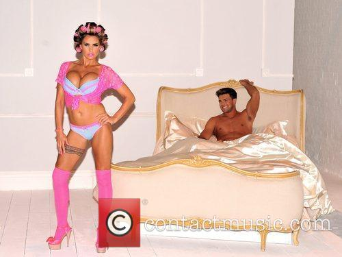 katie price and leandro pena launches her 5854047