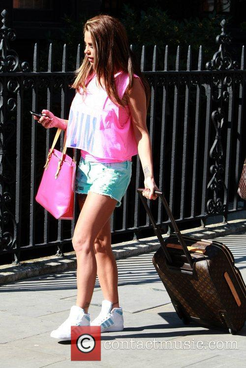 katie price is dressed for summer in 5817294
