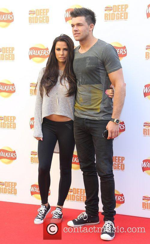 katie price and leandro penna walkers deep 5900684