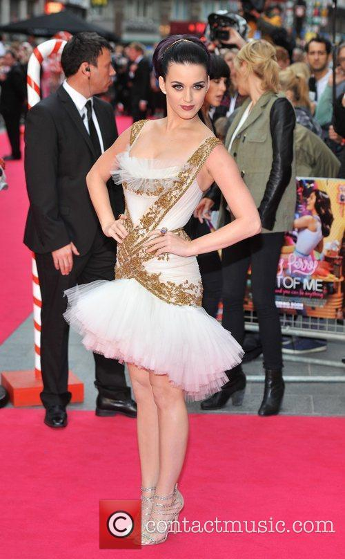 Katy Perry and Empire Leicester Square 3