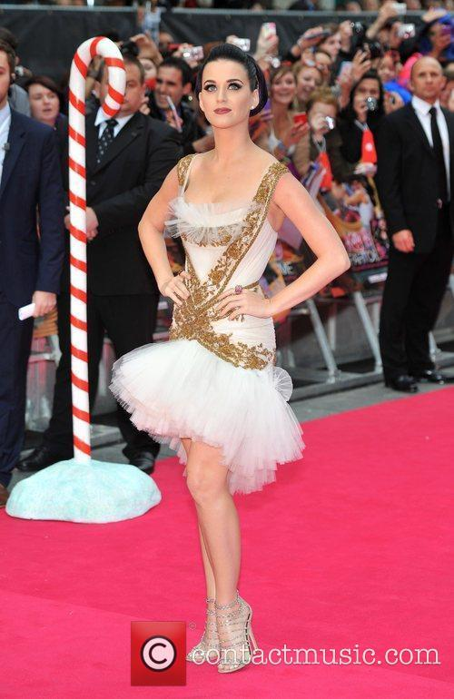 Katy Perry and Empire Leicester Square 8