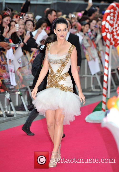 Katy Perry and Empire Leicester Square 10