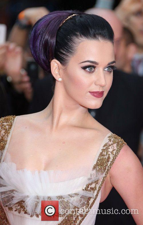 Katy Perry 75