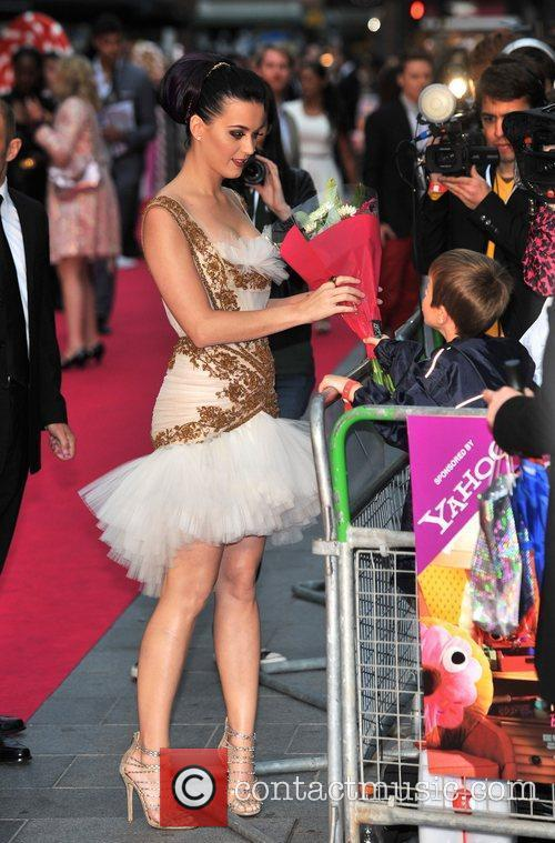 Katy Perry and Empire Leicester Square 1