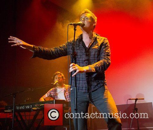 Tom Chaplin Keane performing live at TMN Ao...