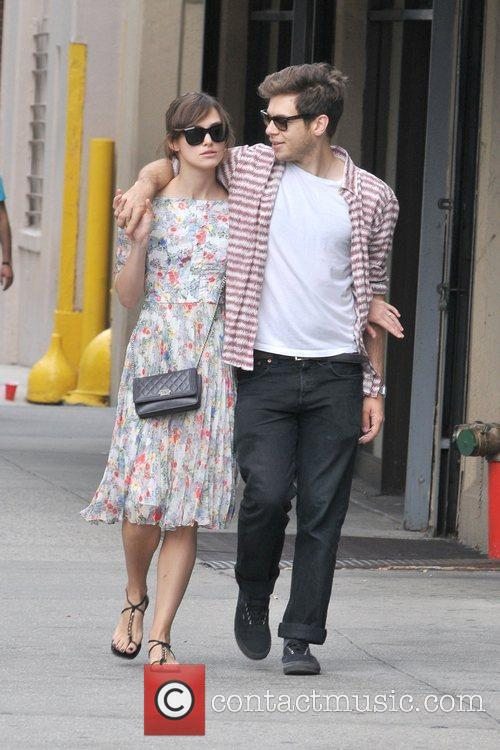 keira knightley and fiance james righton taking 5889106