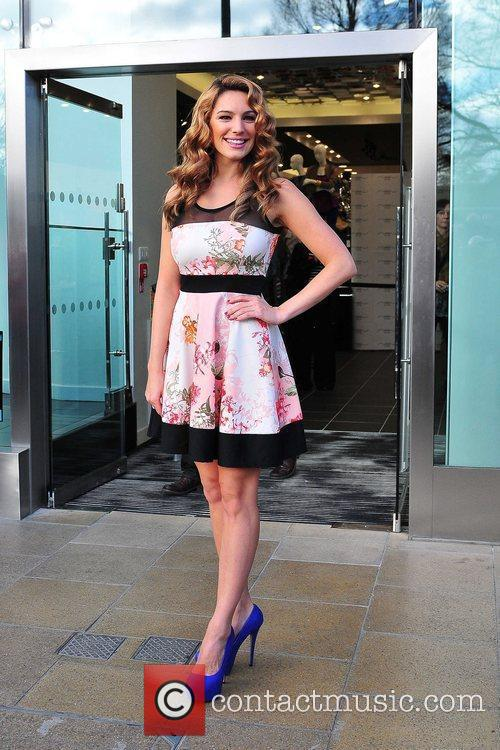 Kelly Brook and New Look 4