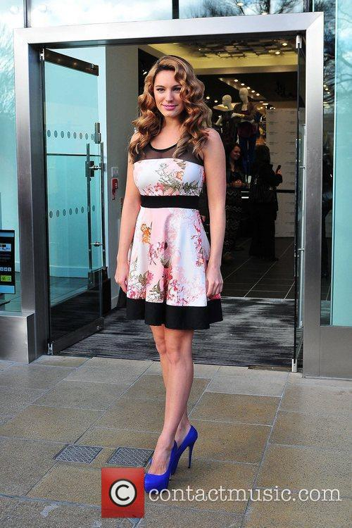 Kelly Brook and New Look 5