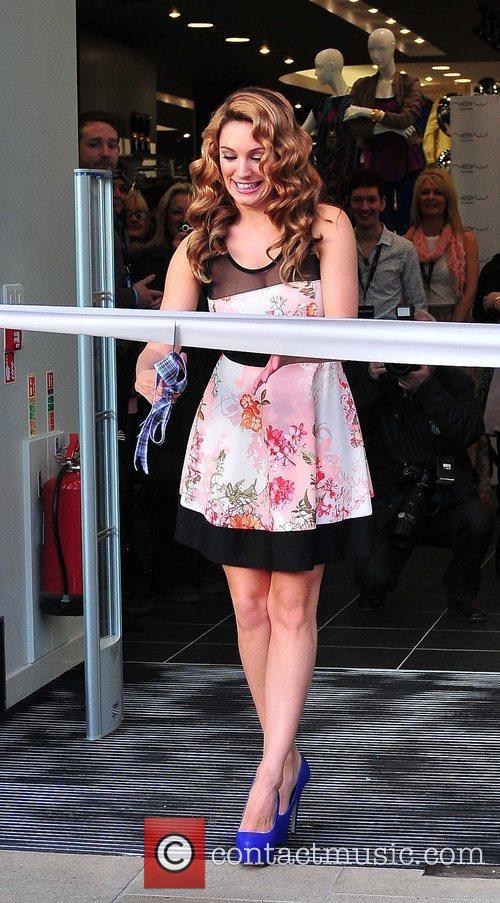 Kelly Brook and New Look 17