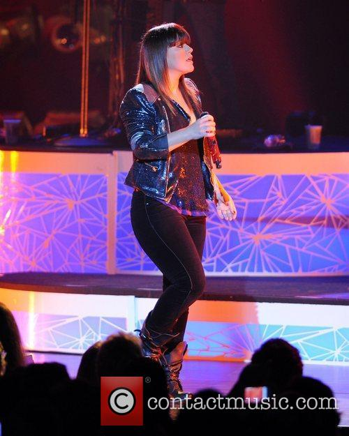 Kelly Clarkson and Hard Rock Hotel And Casino 2