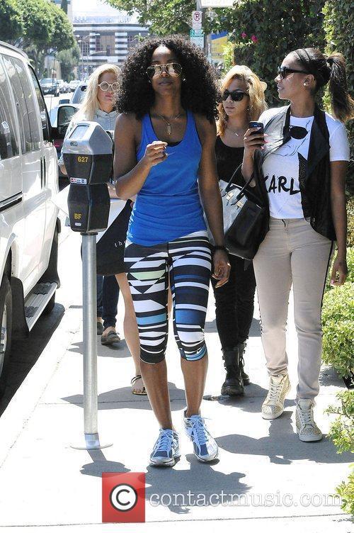 Kelly Rowland and Lala Vasquez 16