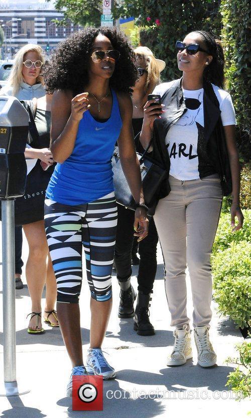Kelly Rowland and Lala Vasquez 31