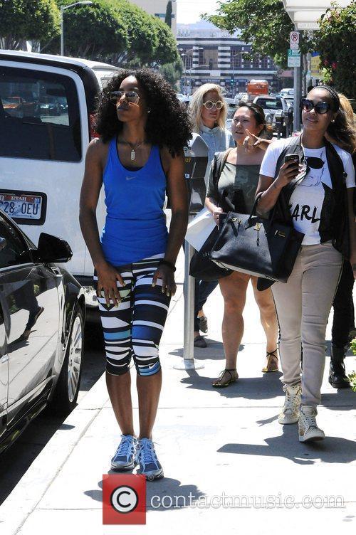 Kelly Rowland and Lala Vasquez 36