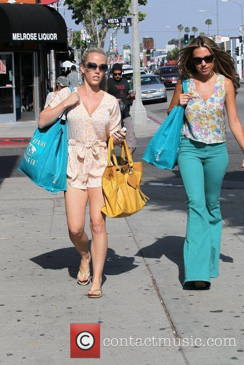 kendra wilkinson shops at crossroads trading company 5851398