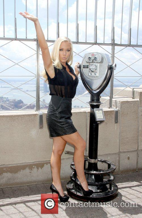 kendra wilkinson promotes her new series kendra 5859823