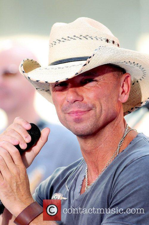Kenny Chesney 8