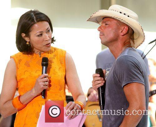 Ann Curry and Kenny Chesney 2