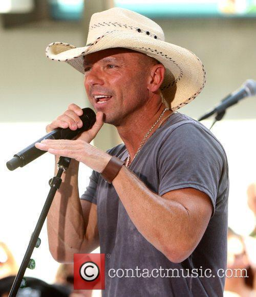 kenny chesney the toyota concerts series on 3958709
