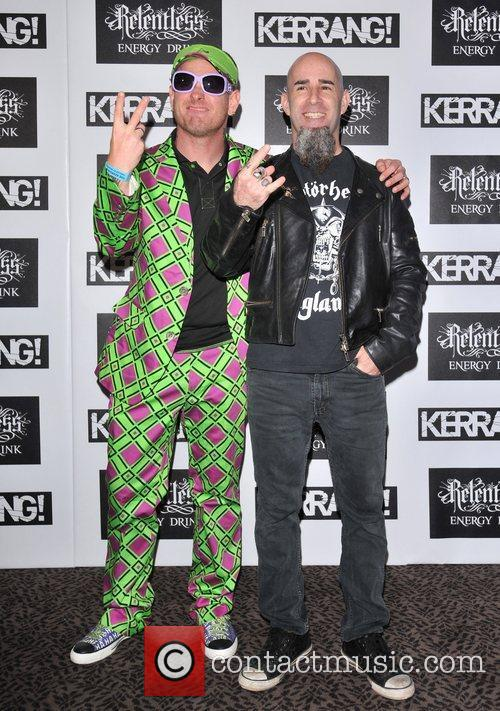 Corey Taylor and Scott Ian 10