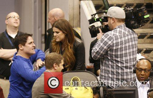 Khloe Kardashian, Dallas and Mark Cuban 5