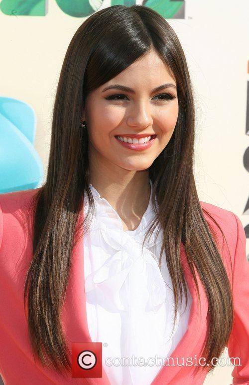 Victoria Justice, Big Time Rush, James Maslow and Logan Henderson 1