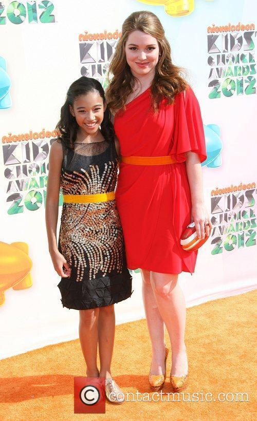 Amandla Stenberg and Jennifer Stone 2012 Kids Choice...
