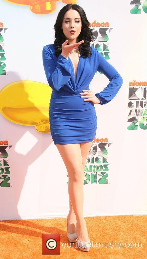 Elizabeth Gillies 2012 Kids Choice Awards held at...