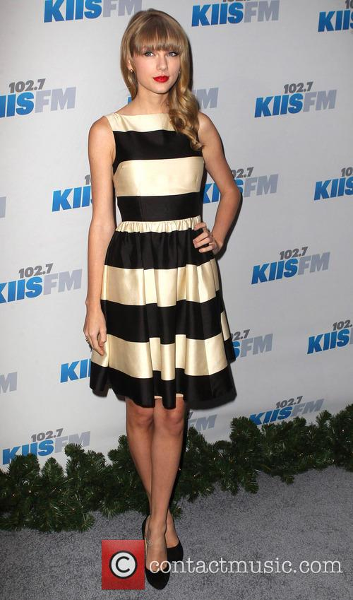 Jingle Ball, G, Guess, Nokia Theatre L., A. Live and Arrivals 10