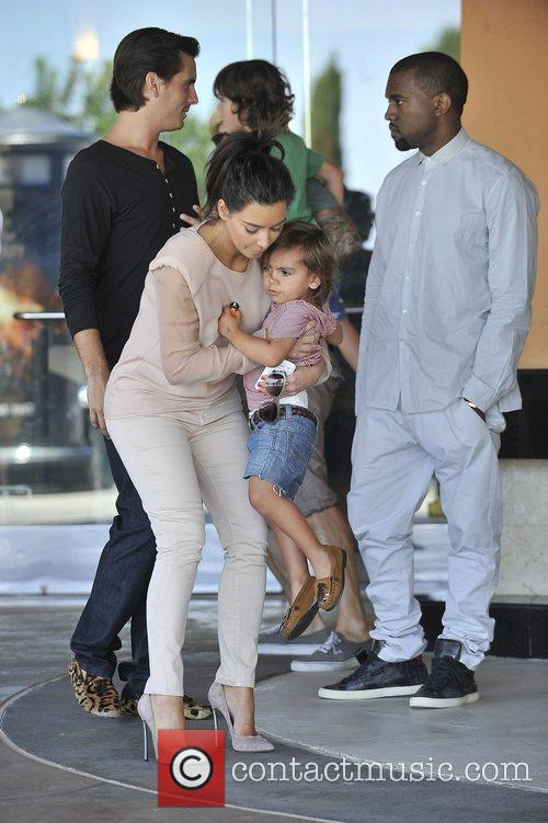 Kim Kardashian, Kanye West and Mason 2