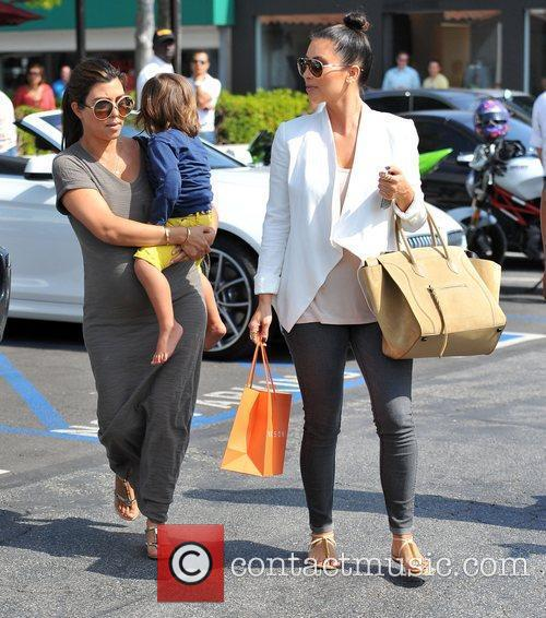 Kourtney Kardashian, Kim Kardashian and Mason 3