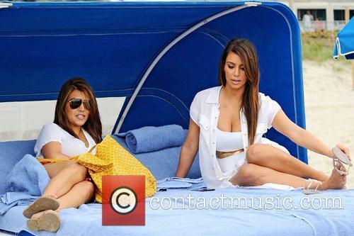 Kim Kardashian, Kourtney Kardashian and Kim Take Miami 5
