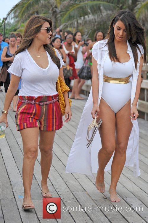 Kim Kardashian, Kourtney Kardashian and Kim Take Miami 11
