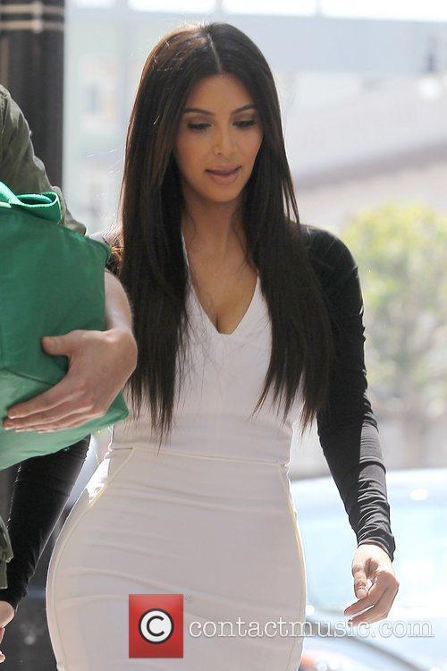 kim kardashian heading to an appointment in 5814126
