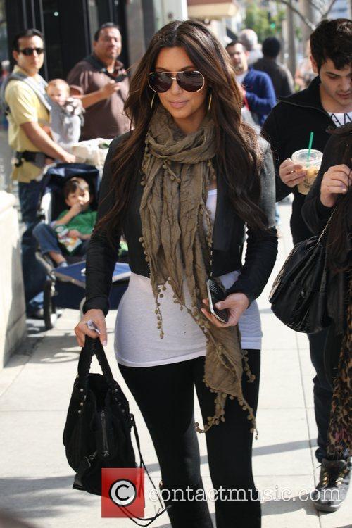 kim kardashian leaving a restaurant in beverly 5787768