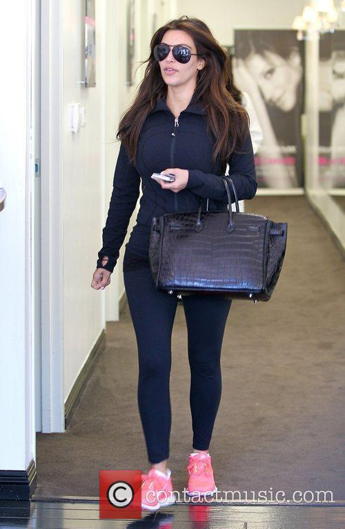 kim kardashian at laser away in santa 4020838
