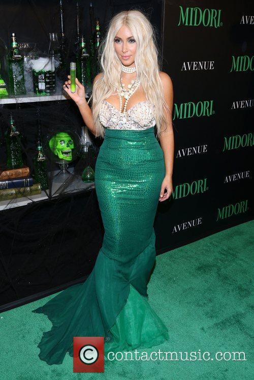 kim kardashian dressed as a mermaid attends 4147824