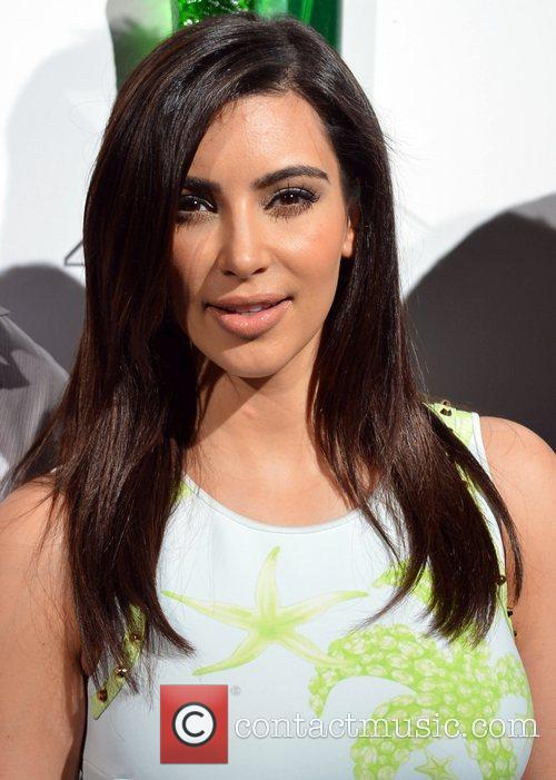 kim kardashian hosts midori beachside bash at 3999863