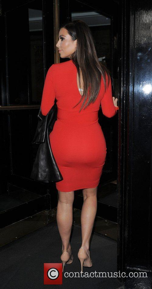 Kim Kardashian returns to London hotel