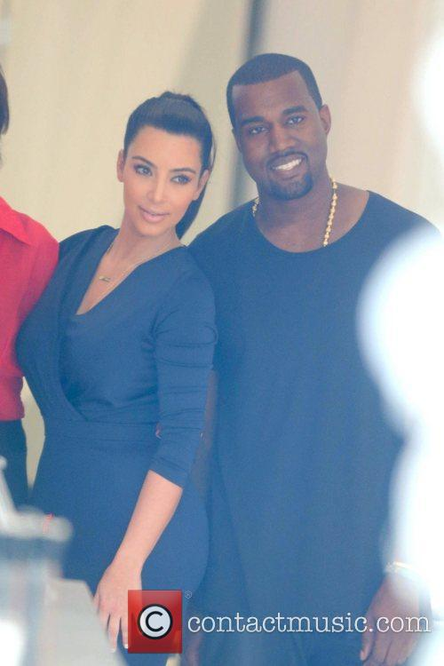 kim kardashian and boyfriend kanye west attend 5878563
