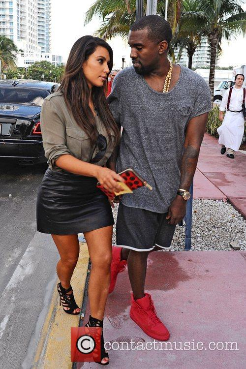 Kim Kardashian and Kanye West 5