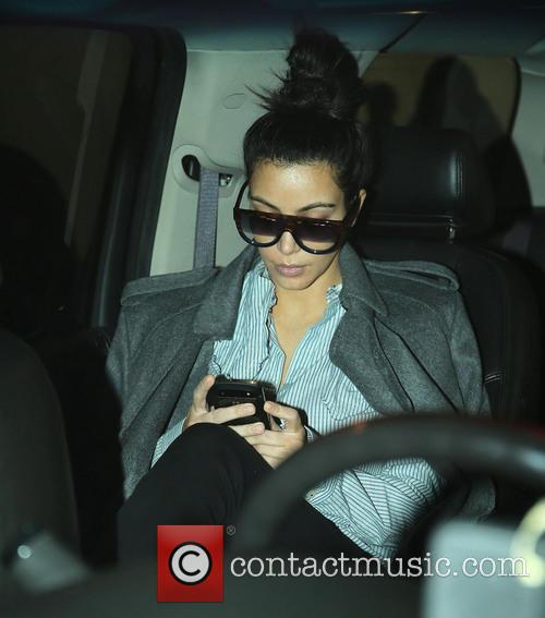 kim kardashian pregnant kim kardashian arrives at 20055673