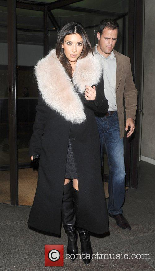 kim kardashian seen leaving the metropolitan hotel 4167135
