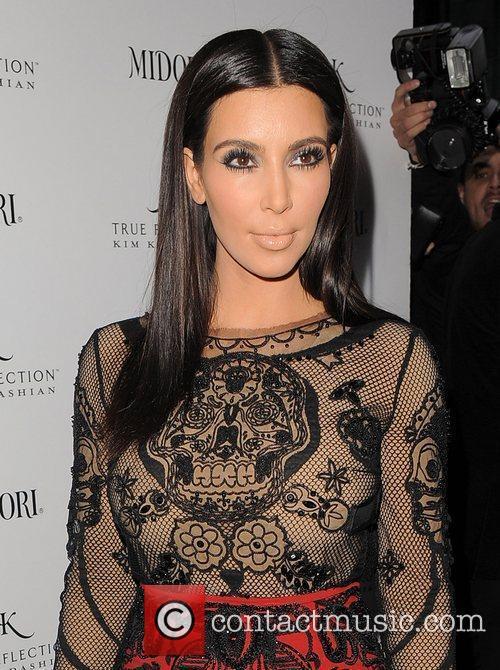 kim kardashian promotes her fragrance true reflection 3890253