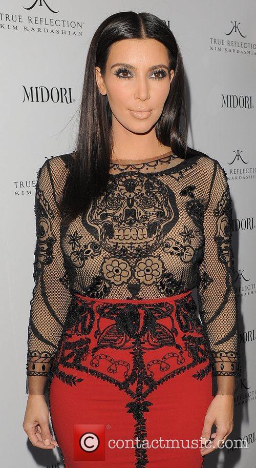 kim kardashian promotes her fragrance true reflection 3890259