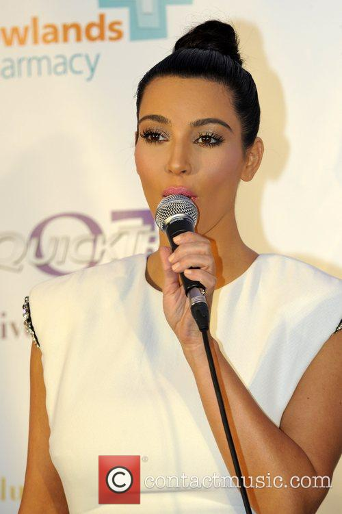 Kim Kardashian and Westfield Shopping Centre 4