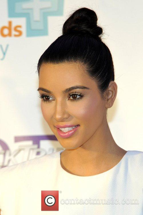Kim Kardashian and Westfield Shopping Centre 7